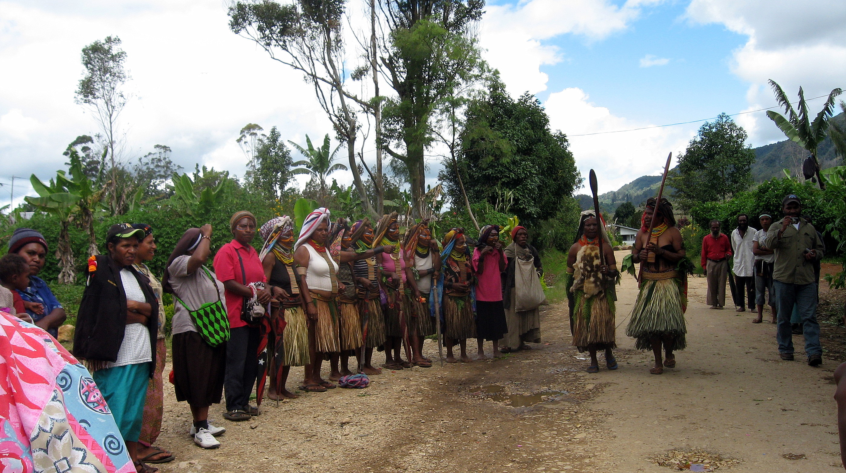 welcoming committee to the Mendi mission