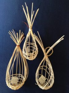 Garlic Baskets with Reed or Raffia Wrap